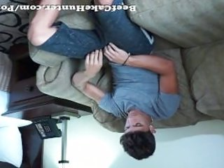 Worshiping a Florida beach young guy | Tube8-com